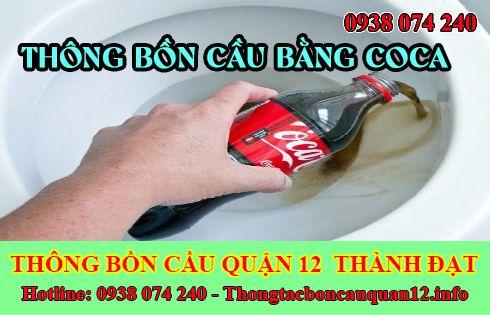 Thông bồn cầu bằng Coca hiệu quả nhanh chóng sau 10'